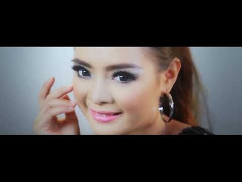 DIKELEKETEK - OFFICIAL VIDEO CLIP DOEL SUMBANG 5 CINTA