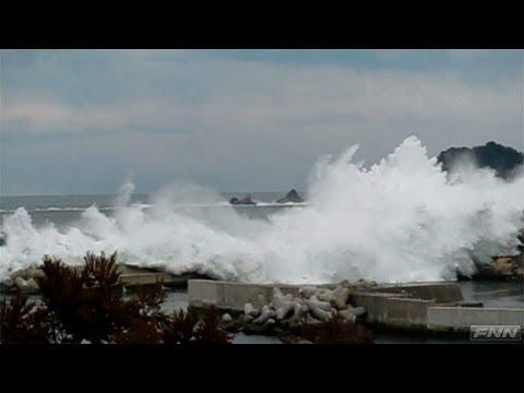 野田村・下安家漁港に押し寄せる津波 【視聴者提供映像】