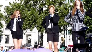 [FANCAM] 150809 f(x) - MENT, RUM PUM PUM PUM, HOT SUMMER, RED LIGHT @  London Korean Festival 2015