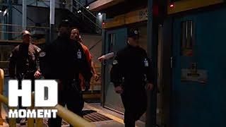 Люк Хоббс попадает в тюрьму - Форсаж 8 (2017)