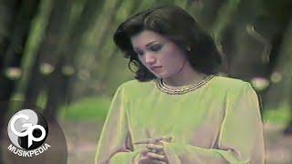 Download Evie Tamala - Lukaku (Official Music Video)