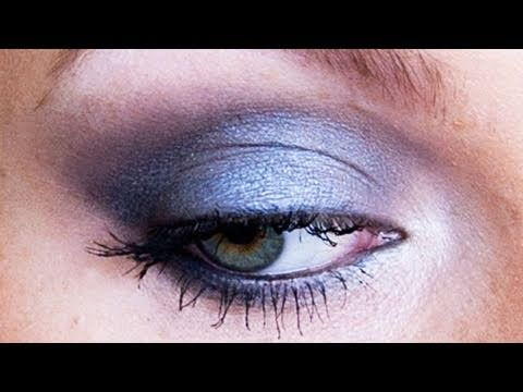 "New Year's Eve ""Rocker"" Eye Makeup Tutorial thumbnail"