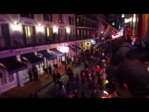 BOURBON STREET , New Orleans - night time chaos