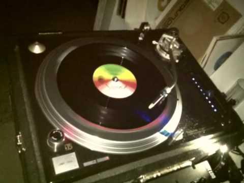 Shy FX - Raver (Breakage's Pattern Moschino Remix)