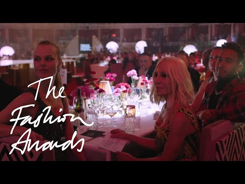 Donatella Versace | Outstanding Contribution/ Fashion Icon | The Fashion Awards 2017