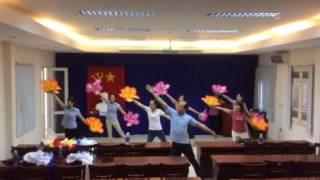Video Tập múa Việt Nam ơi mùa xuân đến rồi download MP3, 3GP, MP4, WEBM, AVI, FLV November 2017
