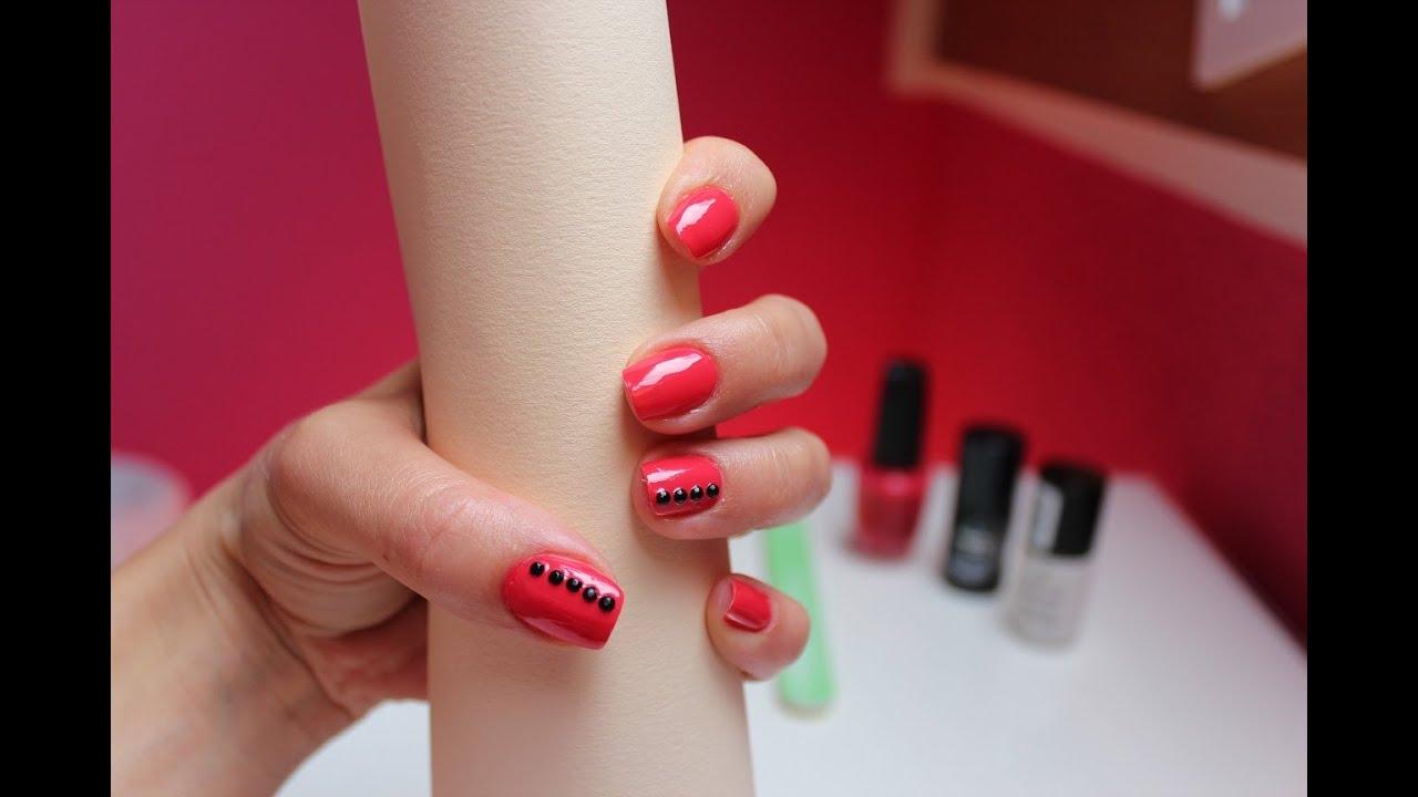 Nail art con strass decorazioni unghie facili e veloci for Unghie gel decorazioni semplici