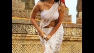 Sunny Leone  Bombshell in Wet Saree