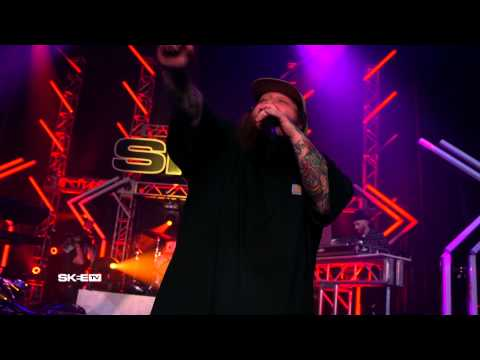 "Action Bronson ""Baby Blue"" Live on SKEE TV"