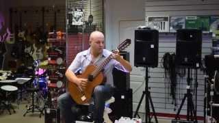 Испанская гитара. Белгород. Открытый урок по игре на гитаре в музыкальном магазине НОТА