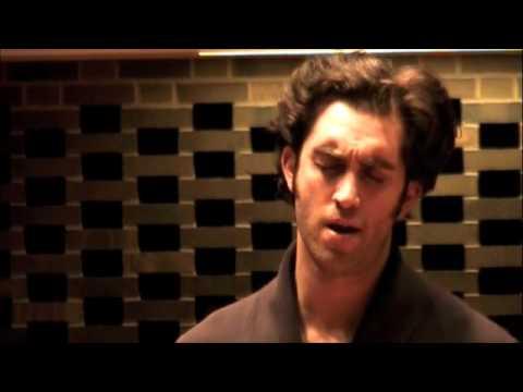 """Cooper Grodin sings Kurt Weill """"Es Regnet"""""""