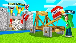 I TROLLED MY FRIEND With A TNT CATAPULT! (MINECRAFT)
