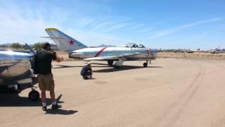 MiG-17 Start-up
