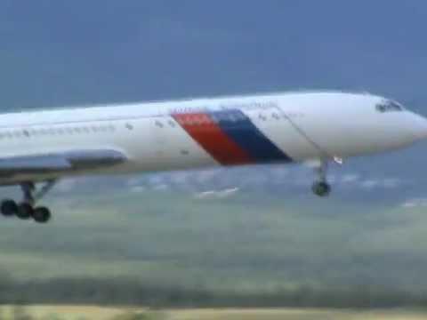 Tupolev Tu-154 Low pass at Poprad airshow 2011