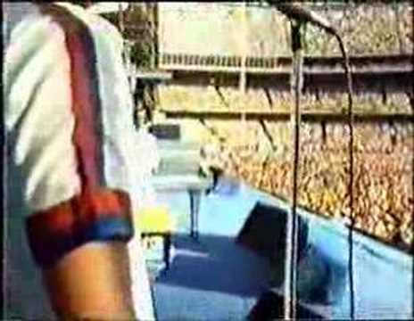 Elton John - Goodbye Yellow Brick Road (Dodger Stadium 1975)