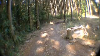 信貴山から奥ノ院のハイキング