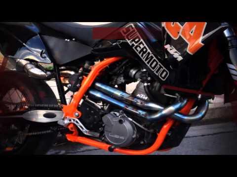 Moto Ξεναριος Performance (Video Clip 1)