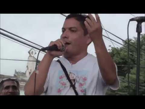 """HENRY LAREZ """"EL PITUFO"""" CANTANDO EN FERIA DE CACHAPA"""