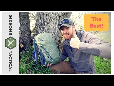 Best Daypack For Beginners: Camelbak Cloud Walker 18 (2017 Version)
