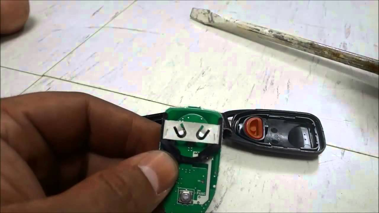 how to replace a hyundai sonata key fob battery 2010 2014. Black Bedroom Furniture Sets. Home Design Ideas