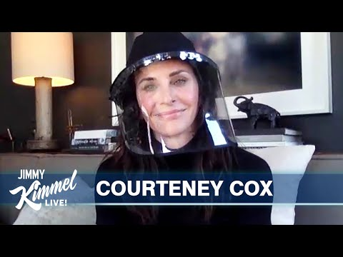 Courteney Cox on Cooking in Quarantine & Terrible Mother's Day Gifts