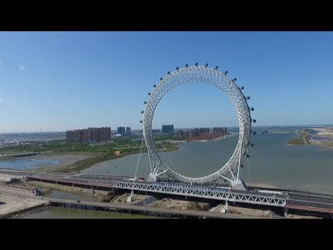 World's largest spokeless Ferris wheel opens in east China