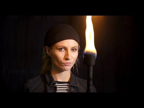 Gong 97.1  | Sabrina, kannst du eigentlich...Feuer spucken?