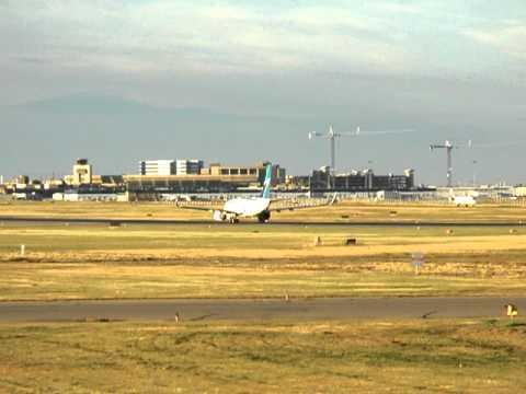 Westjet 737-700 Takeoff from Calgary International Airport (RWY 34)