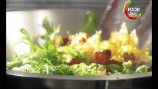 Healthy Recipes - Bacon And Egg Salad - 5 Ingredient Fix - Claire Robinson - Easy Quick To Cook