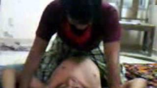 Video 0002.3gp Latest Hostel's boy's FIGHTS in the room.(2011) Vidyanagar , Gujarat, India.