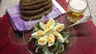 Салат из охотничьих колбасок по немецки
