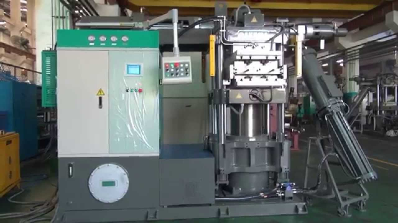 polymer injection molding machine