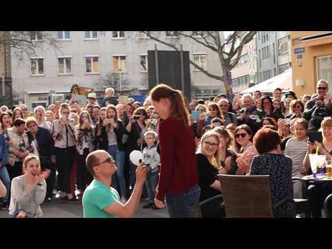 Heiratsantrag Flashmob in Schweinfurt - Cervine Crew