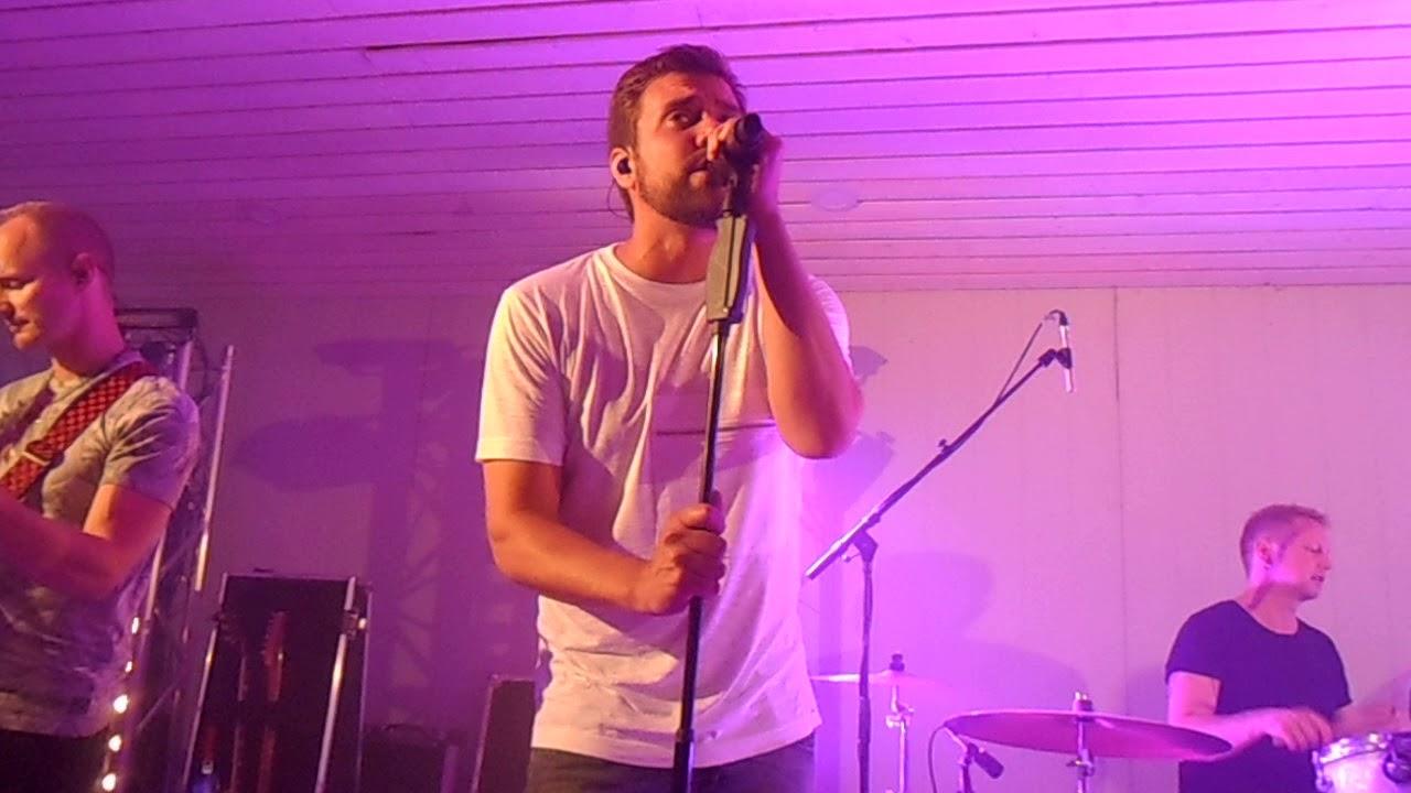 rakkauden talo karaoke
