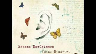 Brenna MacCrimmon - Kar Yağar Alçaklare
