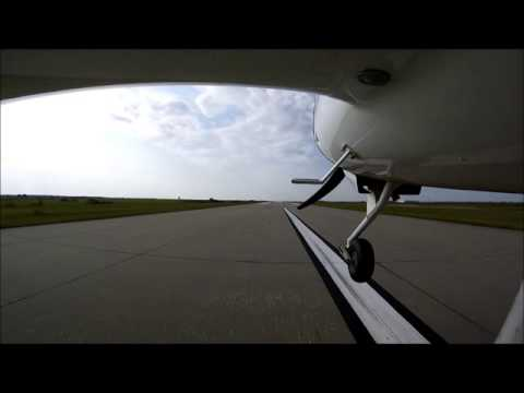 Landing the DA20 at Coffey County Kansas