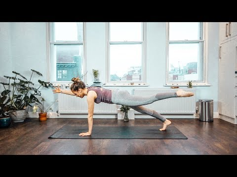 Y48 - 25 min Yoga for Strong Core and Flat Stomach // Silke Dewulf