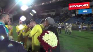 cute russian international ivan novoseltsev proposes to his girlfriend after game