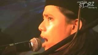 Raihan feat  Hujan - Salam Aidilfitri Ayahanda dan Bonda (LIVE @ Kelana Sentral) (HD)