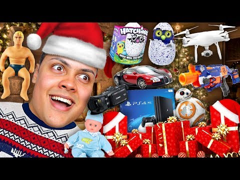 OPENING AND GIVING YOU ALL OF MY CHRISTMAS PRESENTS !!!