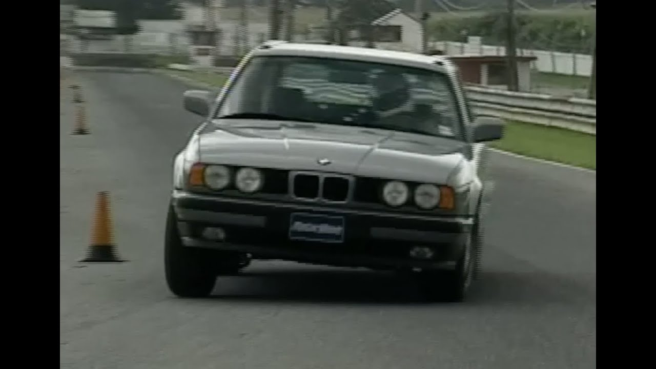 Motorweek Retro Review 93 Bmw 525i Touring Wagon Youtube