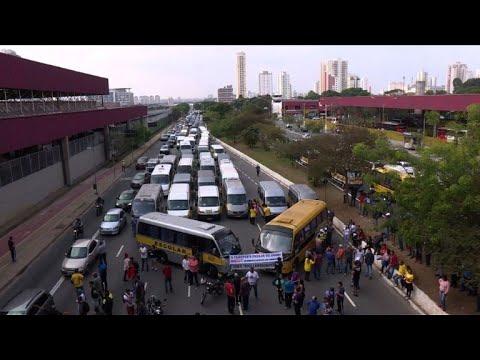 Protesto de vans escolares