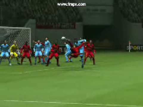 PES 2009 - Gol de voleio