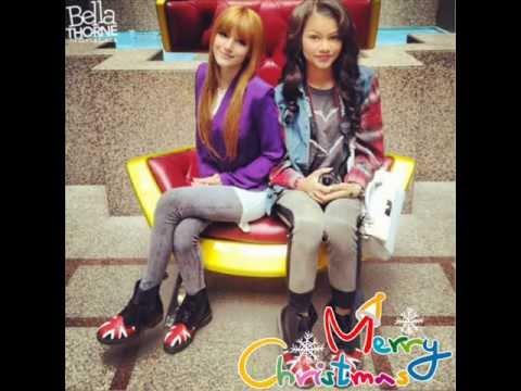 Marry Christmas Bella Thorne and Zendaya Coleman