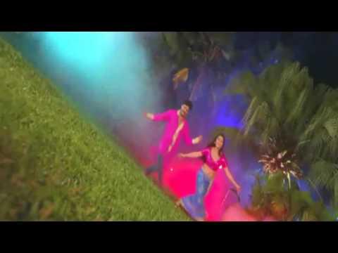 Mehandi laga ke rakhna full video song