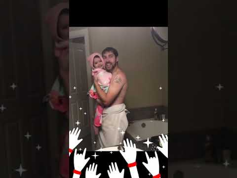 || 😍 Father And Daughter Singing Girls Like You By Maroon 5 😍||