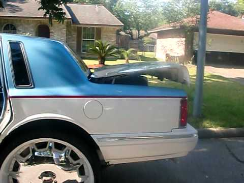The 1st Lincoln Town Car On 30 S Youtube