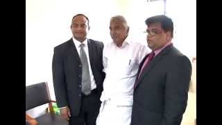 Vice President of the Republic of Nauru, David Adeang meets Oommen Chandy, Kerala Chief Minister