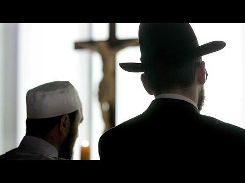 Muslim: Does Judaism Regard Muslims as B'nai Noah (Righteous Gentiles)? Rabbi Tovia Singer Responds