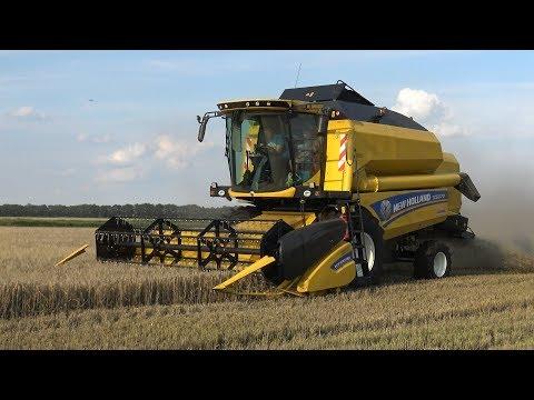 Gerst dorsen met New Holland TC5070 - Loonbedrijf Bouwhuis (2017)